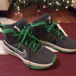 Boys Nike high top grey and green sneakers Sz 11c