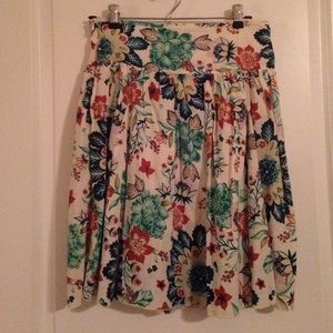 Like new pleated skirt great for any season