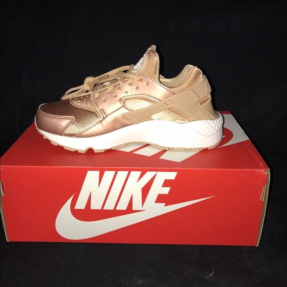 74431e88c8d ... Nike Shoes - Nike Huarache Rose Gold ...