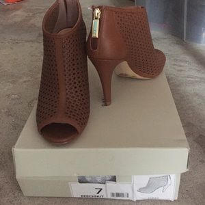 Banana Republic - open toe mesh heels size 7