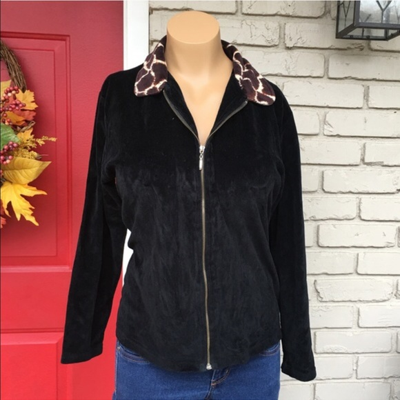 1a69c86db61 Black giraffe collar velour jacket