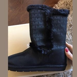 Michael Kors Other - Michael kors young girls boots
