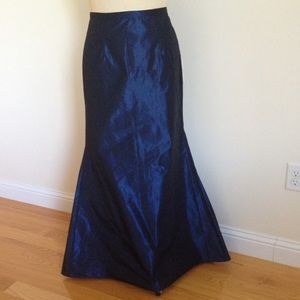 Xscape Dresses & Skirts - Xscape by Joanna Chen- Lord&Taylor taffeta skirt