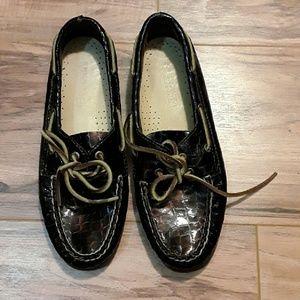 Womens sperry boat shoe