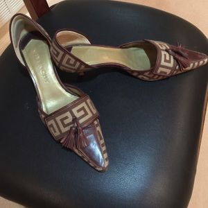 Givenchy Shoes - GIVENCHY KITTEN HEELS. TAN & BROWN.
