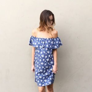 Dresses & Skirts - chambray off the shoulder dress