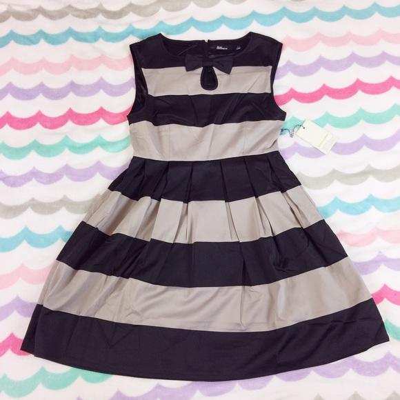 ModCloth Dresses & Skirts - Dear Creatures Striped dress NWOT