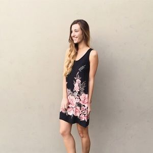 | new | black floral dress