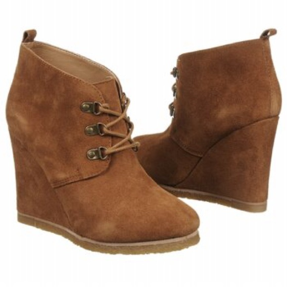 dc337ff351f Brown suede Steve Madden lace up wedge booties. M 583bb4f14225be37a20f576f.  Other Shoes ...