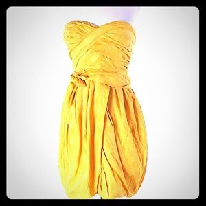 Lovely Marc by Marc Jacobs strapless dress