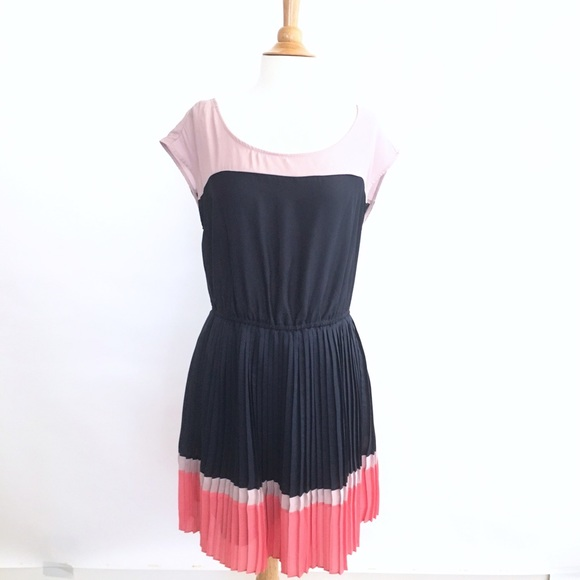 53c9648e5 American Eagle Outfitters Dresses   American Apparel Pleated Dress ...