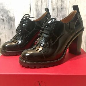 Valentino Shoes - NEW Valentino Chunky Lace Up Pump