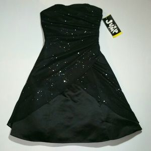 Jump Dresses & Skirts - JUMP! Sparkly Formal Strapless size 3 / 4