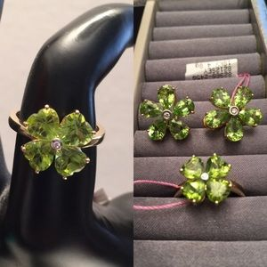 18K Genuine Peridot Ring & Earrings with Diamond