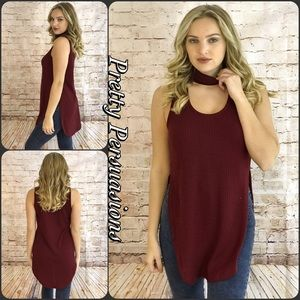 Pretty Persuasions Tops - SALE‼️ NWT Wine Ribbed Choker Sleeveless Top