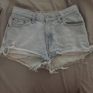 Pants - Levi High Waisted shorts light wash