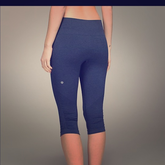 a53d743c7a lululemon athletica Pants | Lululemon Flow And Go Crop Leggings ...