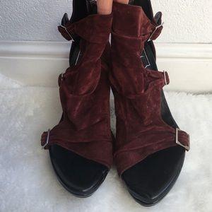 Roger Vivier Shoes - Roger Vivier Burgundy Sandals size 40