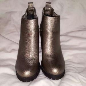 Sam & Libby Shoes - **FINAL REDUCTION** Sam & Libby Deanna Booties
