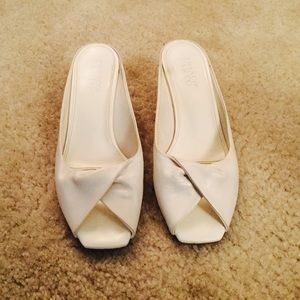 Franco Sarto Shoes - 🌷🌷Like New FRANCO SARTO Ivory Leather Mules🌷🌷