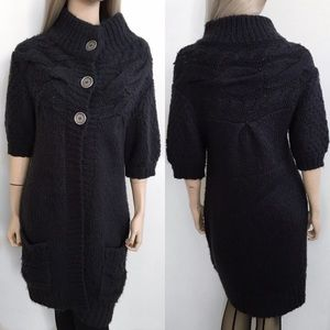 Free People Dresses & Skirts - Free People Knitted Sweater Dress 💙