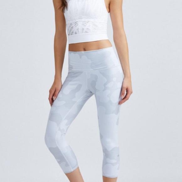 07d2f9bc61 ALO Yoga Pants | Nwt Highwaist Airbrush Camo Capri Legging | Poshmark