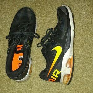 Basically new men's Nike shoes