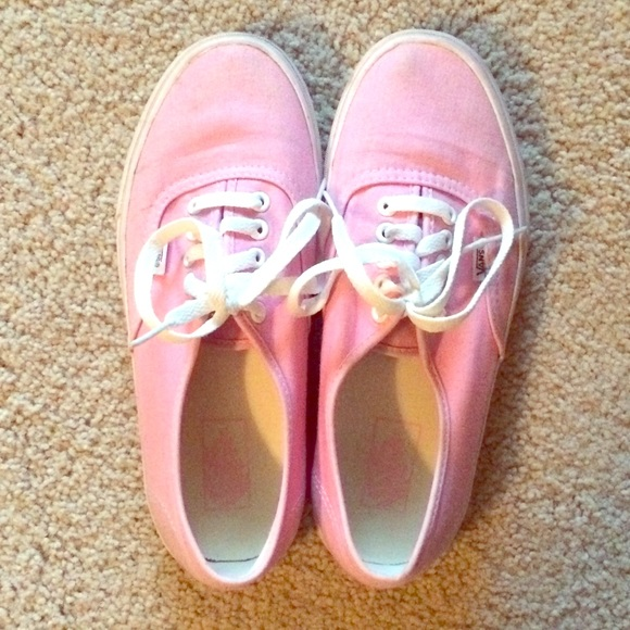 Womens Classic Lace Up Vans Baby Pink