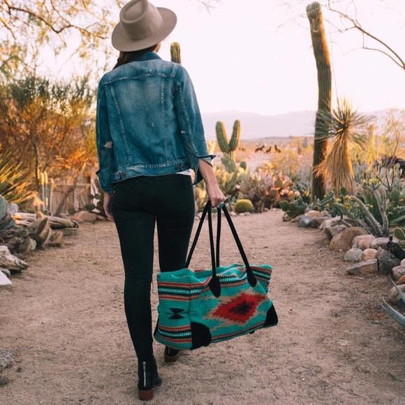 Handbags - Southwestern Duffel (Weekender / Overnight Bag)