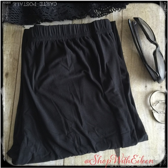 🆕BLACK Solid PLUS TC Leggings Same Lularoe fabric
