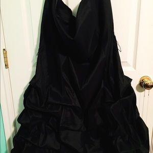 torrid Dresses - 🔥 FINAL PRICE 🔥 EUC Strapless Bubble Hem Dress