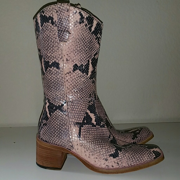76f807871c8 Hype Shoes - Gorgeous Hype Pink Snakeskin Leather Cowboy Boots