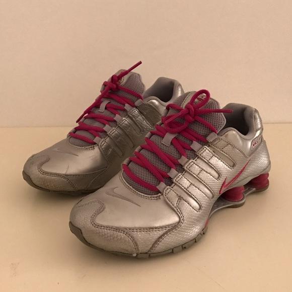 timeless design 750b1 d659e NIKE SHOX NZ PREMIUM WOMEN s RUNNING SHOES in 7.5.  M 583ccba9291a35865912a4b8