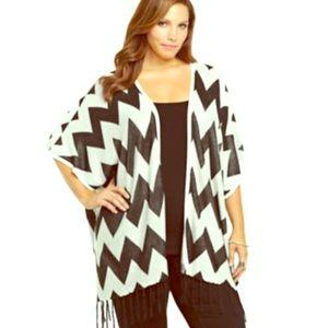 SALE Torrid 2/3 Chevron Knit Kimono