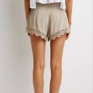 Sweaters - Crochet trim shorts