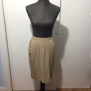 Theory stretchy tan camel pencil skirt 4