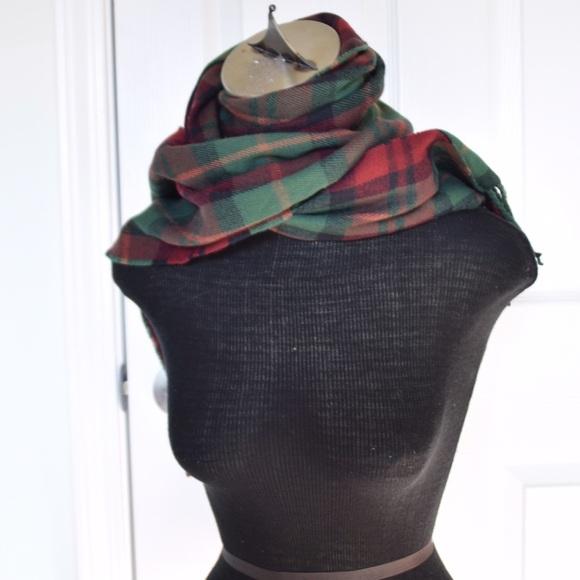 eddie bauer nwot eddie bauer scarf from countisskate s s