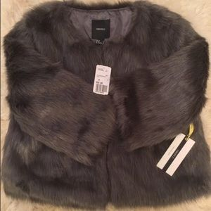 NWT Forever 21 GRAY FAUX FUR Coat