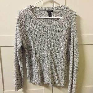 Black&white knitted sweater