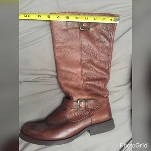 100% leather Steve Madden mid calf riding boot