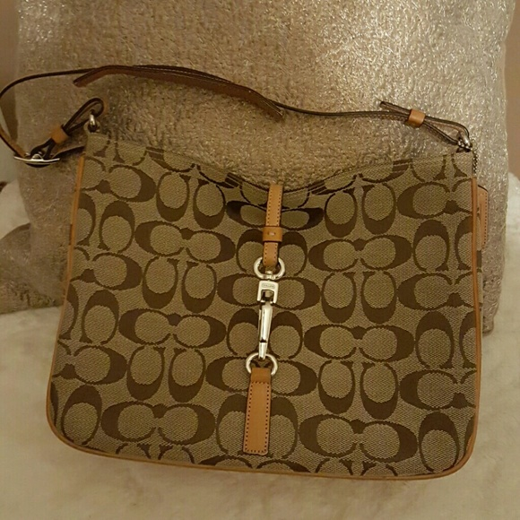 Coach Bags   One Hour Sale Authentic Bag   Poshmark 6a7dd4ce4b