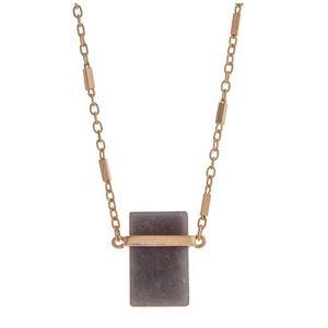 Jewelry - 🌎📿Gold Tone Gray Stone Pendant Necklace