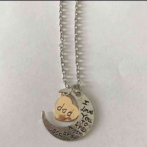 Jewelry - Dads love necklace