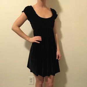 Free People Dresses & Skirts - FREE PEOPLE Black Velvet Mini Babydoll Dress