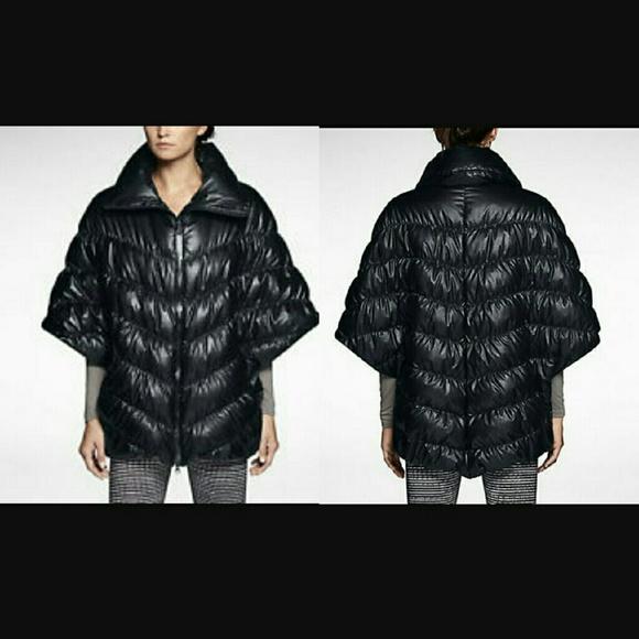 Nike Cascade Down Coat. M 583d2b1e620ff7ef0f1457e5 95c7fbf95641