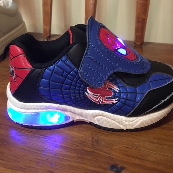 Size 8 Boys Lightup Spiderman Shoes