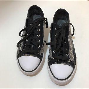 Deb Shoes - Deb Tennies