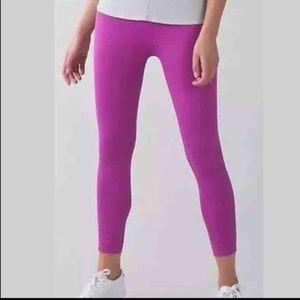 lululemon athletica Pants - Lululemon Zone in Crop Yoga Pant