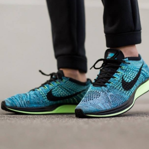 timeless design a0f24 4bf0c Nike Flyknit Racers
