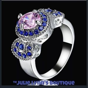 Jewelry - Absolutely Stunning